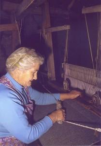 Marion weaving Harris Tweed