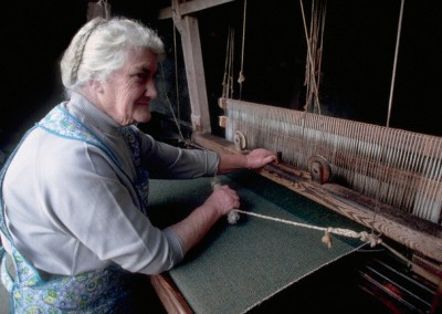 Weaving the tweed